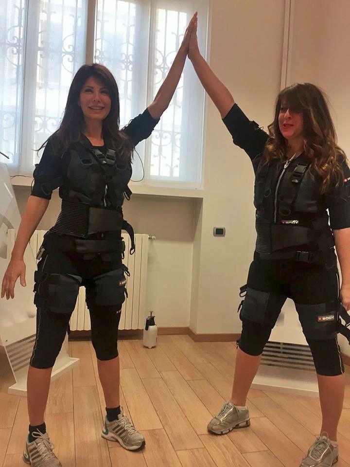 """Urban Fitness con Susanna. Una """" scossa"""" di buon mattino. Allenarsi in 20 minuti!!!"""