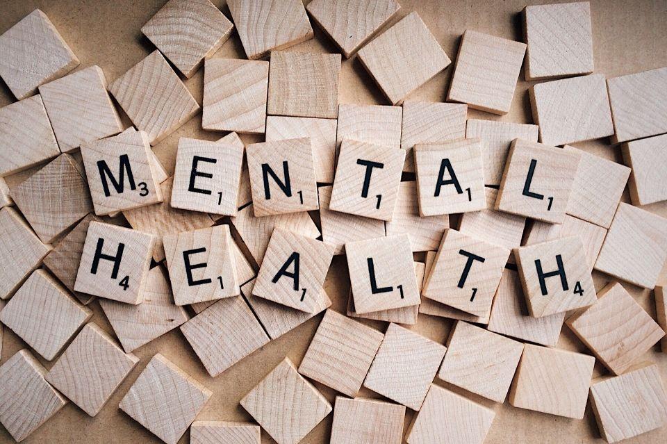 mental-health-g7421f75bd_1920